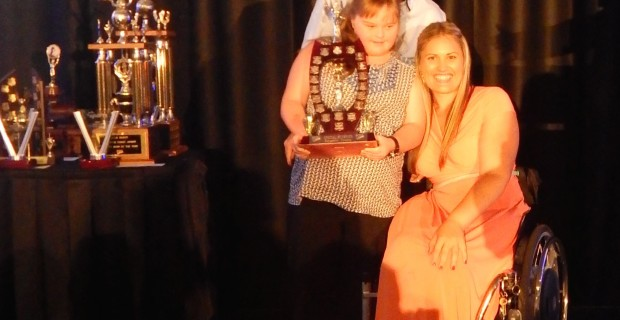 Marayke presents awards at Sunshine Coast sports star of the year